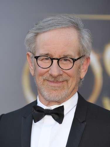 2 - STEVEN SPIELBERG: Elreciente director nominado al Oscar quedó debajo de Winfrey por una diferencia mínima en la encuesta.