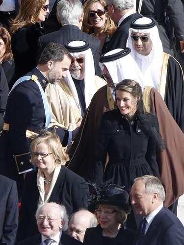 Es la primera que el príncipe Felipeencabeza la delegación española en la entronización de un Papa por la baja médica que mantiene al Rey don Juan Carlos recuperándose en casa.