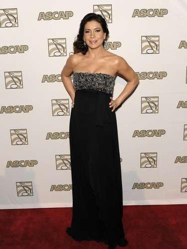 Patty Manterola sedujo a la audiencia con sus encantos, al lucir un pronunciado escote en la alfombra roja de los premios ASCAP. Además, la cantante brilló como anfitriona de la velada de dos horas, que se realizó en un hotel de Beverly Hills.