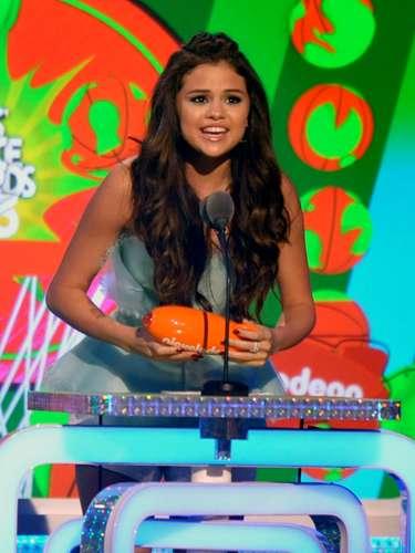 Selena Gomez recibió su premio como Actriz Favorita