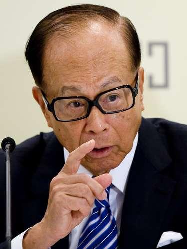 El único chino de la lista, Li Ka Shing nació el año 1928, empresario e inversionista y CEO del grupo Cheung Kong y la poderosa corporación Hutchinson Whampoa. Tiene una fortuna estimada en 31.000 millones de dólares