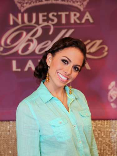La mexicana, María Fernando Loconsolo, es otra de las bellezas que integra este selecto grupo de finalistas de este año. Esta joven de 24 años, que hace parte del equipo de Julián Gil, es casada y asegura que su talento especial es bailar salsa.