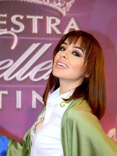 La bella mexicana, Lilia Fifield, es otra de las concursantes que integra el ramillete de finalistas. Tiene 23 años de edad, hace parte del equipo de Osmel Sousa, es soltera y asegura que su talento especial es la comedia.