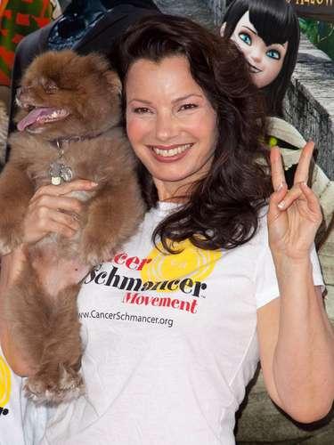 Fran Drescher, popular en México por la serie 'La Niñera', es otra conocida celebridad que escribe con la mano izquierda.