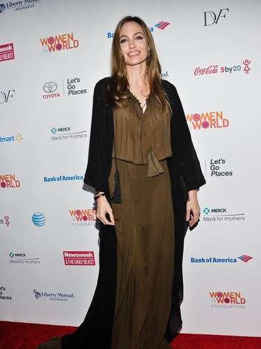 Muy guapa como siempre, Jolie a muchos les pareció verla más delgada