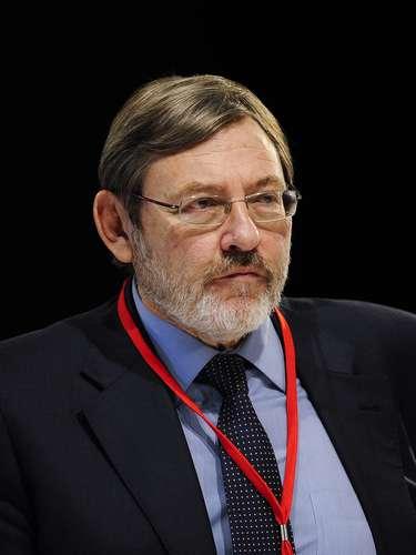 El portavoz del PSOE en Madrid, Jaime Lissavetzky, manda un mensaje de apoyo a los seres queridos de Bigas:\