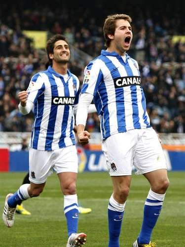Real Sociedad sigue soñando con la Champions, luego de derrotar 4-2 al Málaga en Anoeta.