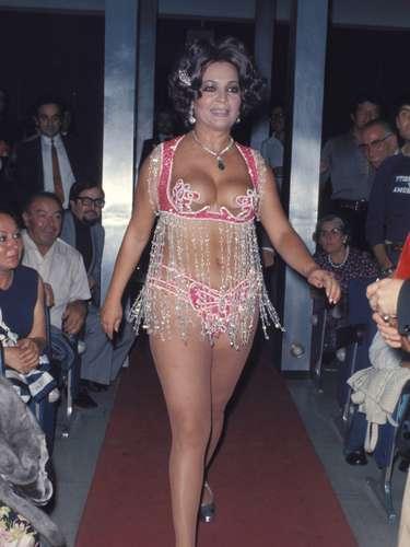 Perteneció a la Época del oro del cine mejicano, país en el que trabajó en los primeros años de su vida como actriz.