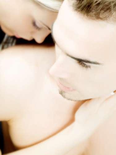 Si la eyaculación precoz o que no puedan conseguir satisfacción sexual son los problemas ambos tienen solución. A veces es bueno consultarlo con un especialista, para no sentirse menos y darle solución lo más pronto posible.