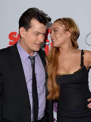 Lindsay y Charlie se encontraron en la alfombra roja donde se saludaron muy cariñosamente