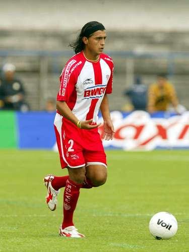 Diego Martínez lleva una historia paralela a la de 'Lucho' y destacó como lateral derecho, relevando generacionalmente al 'Chema' Higareda.
