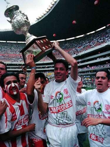 El único que lo supera es Ricardo Peláez, que si bien nació futbolísticamente en el América, se convirtió en ídolo de los 'Rayos' y para muestra sus 138 goles.