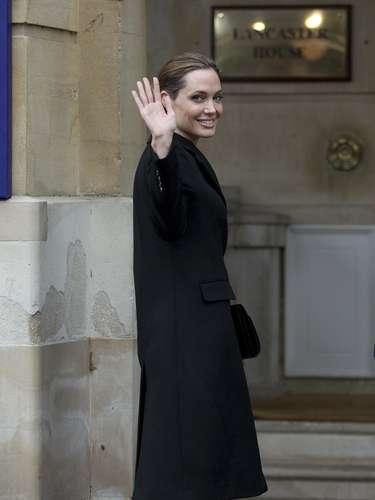 Durante demasiado tiempo, dijo Jolie, los sobrevivientes de violencia sexual han sido \