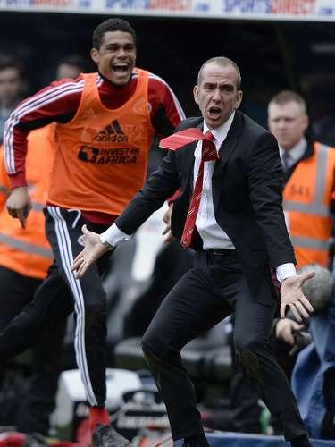 Así celebró el triunfo del Sunderland Paolo Di Canio.