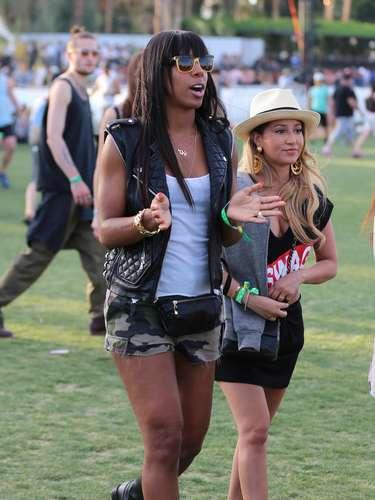 Kelly Rowland, con un pantalón militar, una de las tendencias de este año.