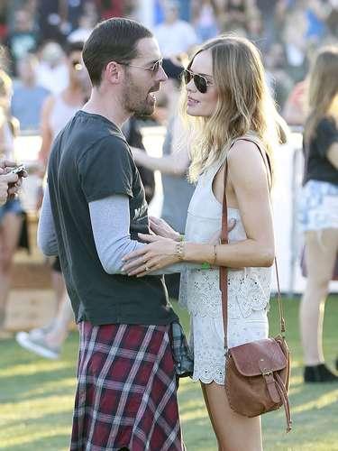 Bosworth, muy acaramelada con su novio, Michael Polish.