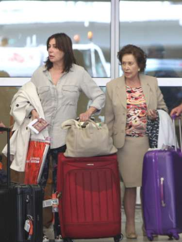 Tras anunciar su separación juntoa José Campos, Carmen Martínez-Bordiú ha hecho las maletas para disfrutar de unos días de descanso en Miami. Unas vacaciones en las que estará acompañada por su madre Carmen Franco.