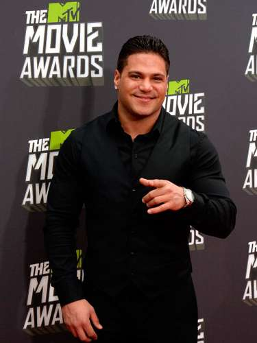 Ronnie Ortiz Magro, protagonista del reality Jersey Shore, llega a los premios MTV Movie Awards en Sony Pictures Studios el 14 de abril de 2013 en Culver City, California