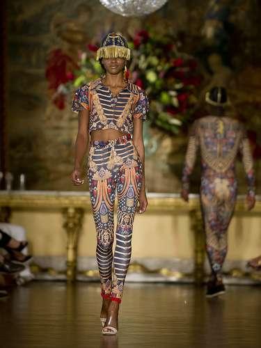 Desfile de Blue Man durante la segunda jornada de la Fashion Rio.