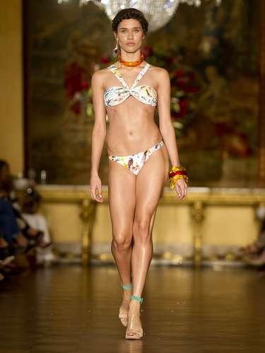 la marca abrió la segunda jornada de desfiles de la Fashion Rio.