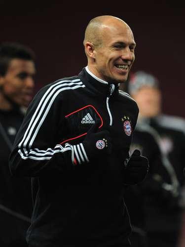 Arjen Robben podría ser descartado por Guardiola.