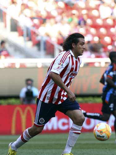 Although he's struggled with injury, Hector Reynoso is his counterpart for Chivas Guadalajara.