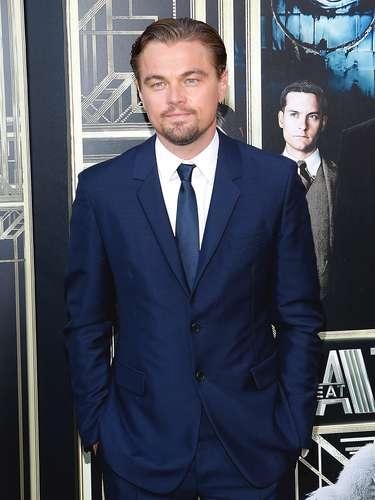¿No que se iba a retirar? Leonardo DiCaprio asistió al estreno de la película 'The Great Gatsby' en solitario y no parece ser que se quiera alejar del mundo del cine
