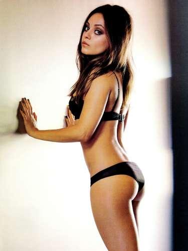 La actriz y novia de Ashton Kutcher ya recibió este título por parte de la revista Esquire.