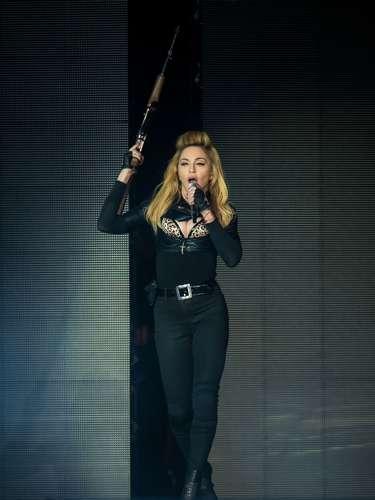 En cuanto a una dieta macrobiótica ha sido la opción de Madonna para conservar esa perfecta figura, un régimen vegetariano donde se consumen muchos cereales integrales, verduras, legumbres y un poco de soja.