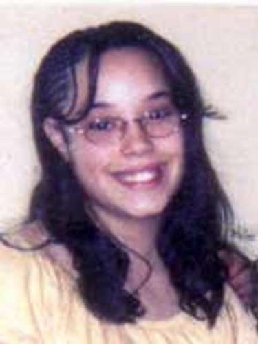 Gina DeJesus desapareció a la edad de 14 años en la misma zona que Berry en agosto de 2004 cuando regresaba de la escuela. Sus padres pidieron reiteradamente su liberación y organizaban una vigilia anual en el aniversario de su desaparición.