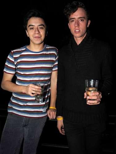 Juan y Serafín Gonzáles optaron por atuendos mucho más relajados para la ocasión.