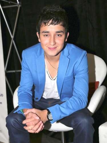 Kevin Ortiz es uno de los nominados a Mejor Nuevo Artista en los Premios Juventud 2013