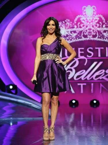 Durante el show de esta semana, la conductora del 'reality show' Giselle Blondet, presentó a las finalistas quienes tuvieron la oportunidad de compartir el escenario con sus madres.
