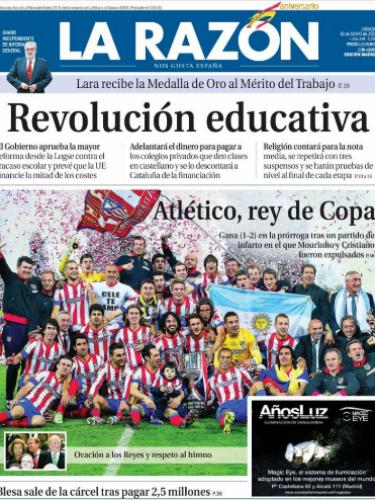 'La Razón' abre con una gran fotografía de los campeones de la Copa del Rey y con el titular \