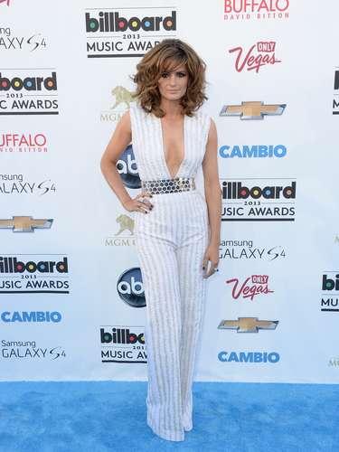 La actrizStana Katic quiso dejar de lado su imagen seria y reservada para mostrarse sexy y 'despeinada' en los Billboard