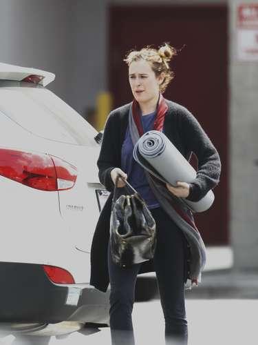 Rumer Willis, la hija de Demi Moore y Bruce Willis acompañó a su famosa madre a sus tradicionales y casi religiosas clases de yoga. ¡Namaste!