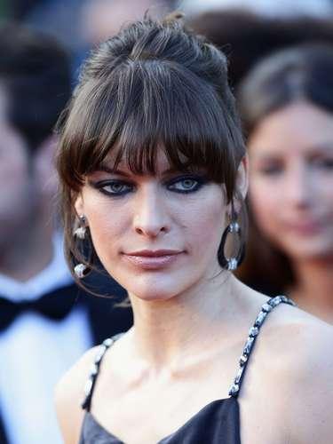 Milla Jovovich llamó la atención al exhibir su delgadez en el estreno de 'Cleopatra' en la 66 ª edición del Festival de Cine de Cannes.