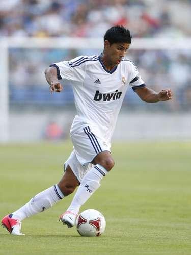 El canterano del Real Madrid Castilla Juanfran Moreno jugará por tres temporadas en el Betis.
