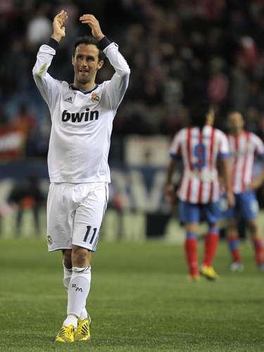 El defensa portuguésRicardo Carvalho, que fue transferido del Real Madrid al Mónaco, quien llega libre por un año.