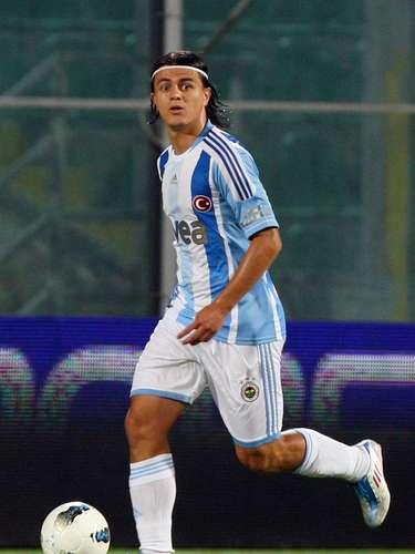 El defensa turco Orhan Sam fue transferido del Fenerbahçe al Eskiehirspor, ambos de la Süper Lig turca.