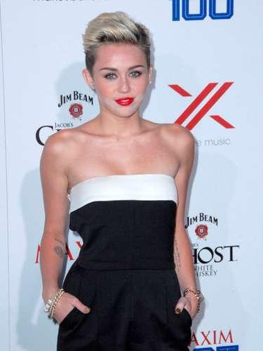 A pesar de que el actor Liam suspendiera su compromiso con la actriz y cantante, al parecer\