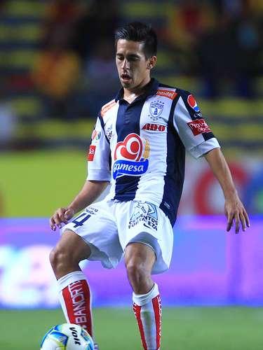 Fernando Navarro es nuevo jugador de León