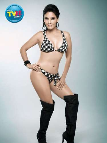 La originaria de Veracruz inició su carrera artística como conductora de televisión.