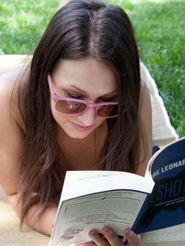 Esta es la curiosa manera en que este grupo practica la lectura.