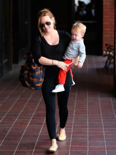 Este año la queridísima actriz Hilary Duff celebra su segundo día de la madre. Luca, su hermoso bebé de gigantes ojos azules, ha sido su alegría y su proyecto de vida desde que nació. Mira en que dulce mamá se ha convertido la protagonizaba la serie de televisión Lizzie McGuire de Disney Channel