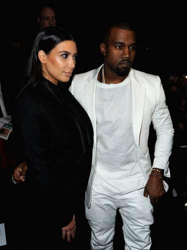 Junio 15 de 2013 - ¡Se convirtieron en padres! Kim Kardashian y Kanye West recibieron a la nueva integrante de su familia, una bebita que nació por parto natural en el Cedars Sinai Hospital de Los Angeles. Al momento del alumbramiento aún se desconocía el nombre que llevaría la pequeña.