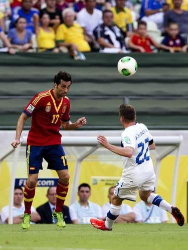 El equipo dirigido por Prandelli saltó al terreno de juego con un gran orden táctico y le dificultó las cosas al famoso tiki taka de España.
