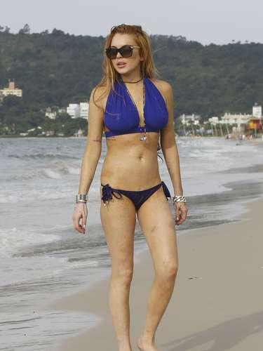 Antes de entrar a rehabilitación, Lindsay Lohan nos deleitó on esta foto en bikini cuando estuvo por Brasil.