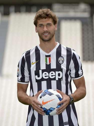 El español Fernando Llorente fue presentado con Juventus.