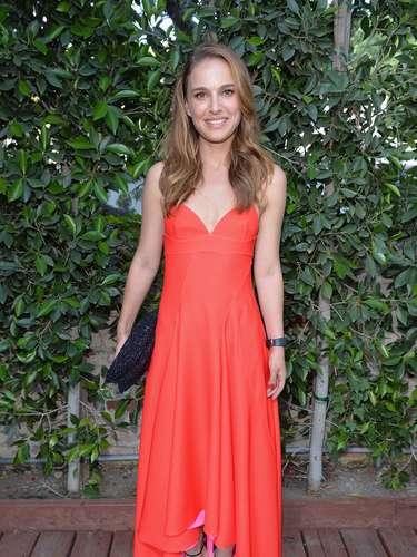 Natalie Portman mide tan sólo 5.2 pies